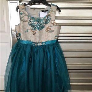 Zunie size 6 Dress NWT